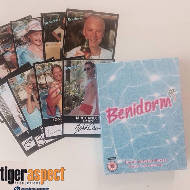 I want to win a #benidorm box set and signed cards from @tigeraspectuk - from Instagram