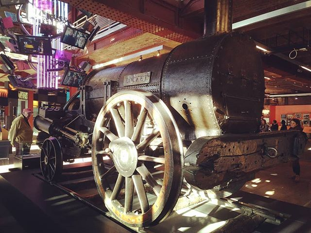 #stephenson #rocket #autohash #Manchester #UnitedKingdom #England #industry #grinder #machine #wheel #old #steel #vintage #engine #production #iron #technology #tech #techie #geek #techy #museum #power #train #machinery #rusty #vehicle - from Instagram