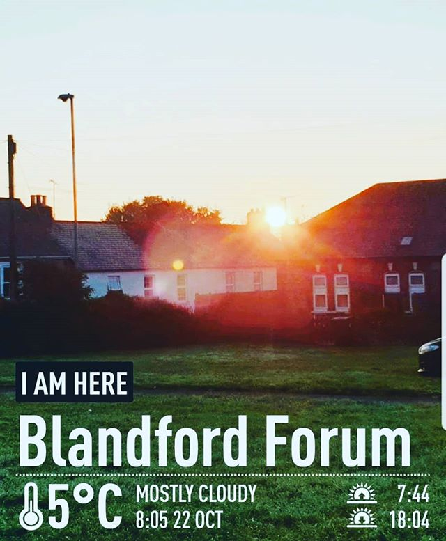 #autohash #UnitedKingdom #Blandford #England #outdoors #tree #sky #dawn #sunset #house #dusk #architecture #lawn #landscape #city #building #grass #light #people #travel #traveling #visiting #instatravel #instago #panoramic #weather - from Instagram