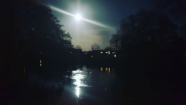 #autohash #Blandford #UnitedKingdom #England #light #reflection #dark #water #sky #moon #outdoors #silhouette #evening #weather #astronomy #mystery #landscape #tree #river #sun #lake #illuminated #travel #traveling #visiting #instatravel #instago - from Instagram
